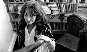 Liz MacLennan (1990)